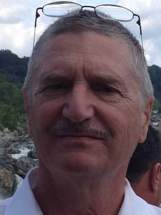 Dr. Daniel Shreeve